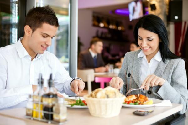 Ресторанный сервис. Учимся культуре обслуживания гостей