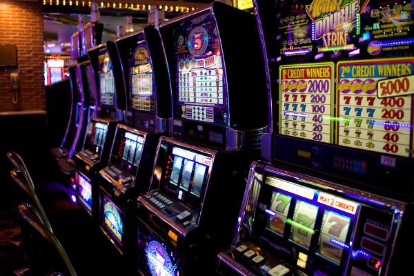 Современные игровые автоматы: варианты и способы игры в казино Суперслотс